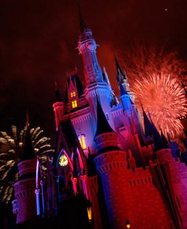fireworks409421SMALL.jpg