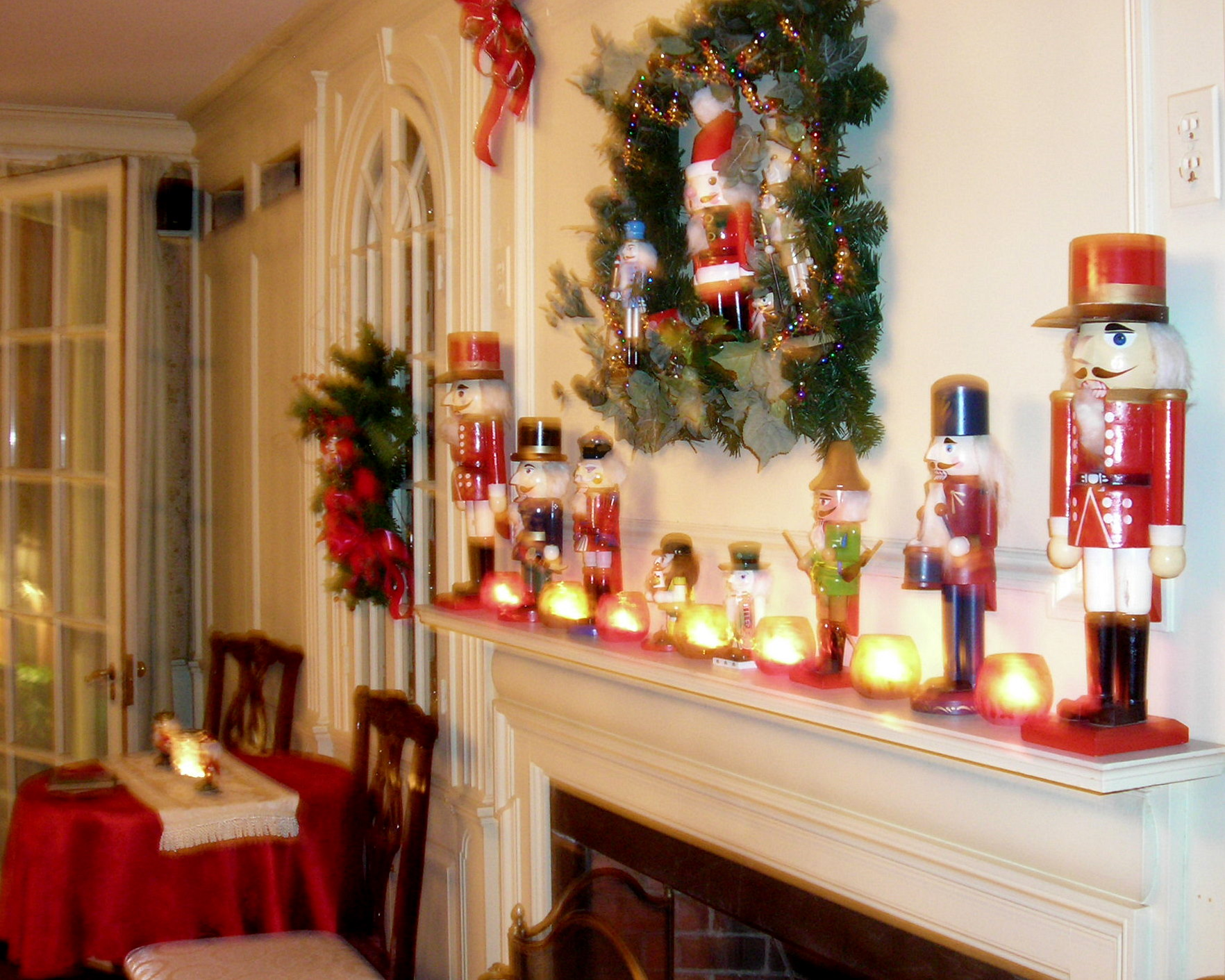 Holiday decorating inn style at clamber hill the inn at for A christmas decoration