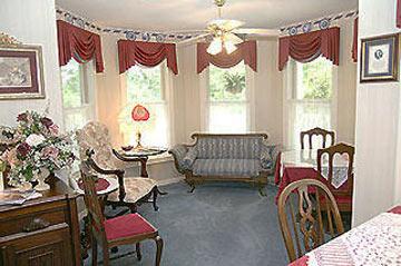 Emory Creek Victorian Bed & Breakfast - Branson, Missouri